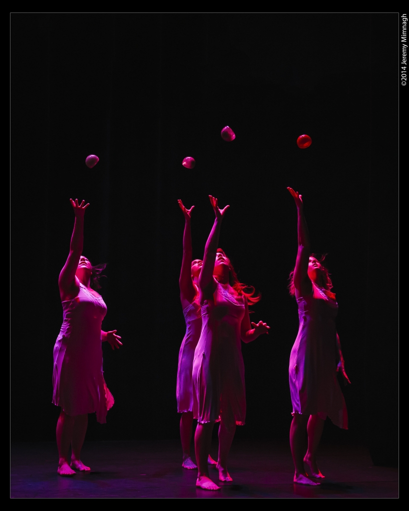 Tara Luz Danse ©Jeremy Mimnagh